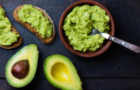 La palta está presente de múltiples formas en nuestra dieta. El guacamole es una alternativa fácil y muy versátil.