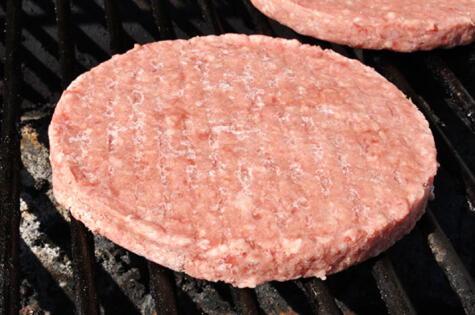 El golpe de calor hace que la carne pierda todos sus jugos.