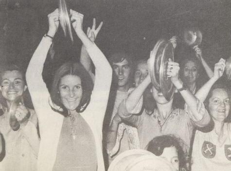 La Marcha de las Ollas Vacías reunió a las amas de casa de la clase alta santiaguina (Chile) en contra de Allende. Crédito: Memoria Chilena. Biblioteca Nacional de Chile.</div>
