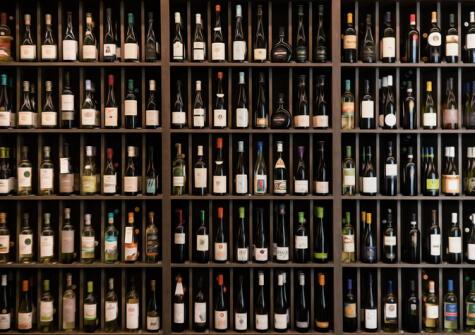 La distinción entre vinos del viejo y nuevo mundo se disuelva en una mercado que crece y se diversifica.