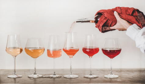 Las distintas tonalidades del vino rosado o rosé: no solo importa la cepa, también el trabajo en bodega.