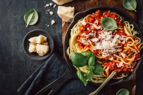 El MSG también se en alimentos de forma natural, sobre todo en el tomate y el queso: eso explica porqué todos aman la pasta. Puro umami.