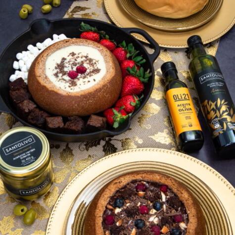 El pack navideño de Heine incluye dos panes rellenos, espumante, aceite de oliva y varias sorpresas más.