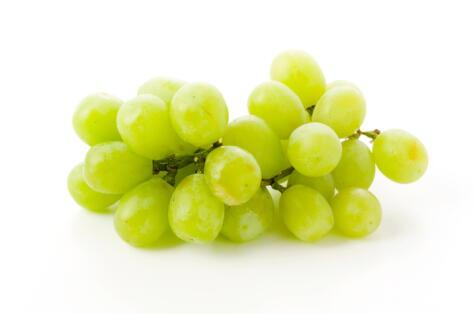 Esta variedad de uva verde, aunque muy distinta a la italia, se vende como italia sin pepa.