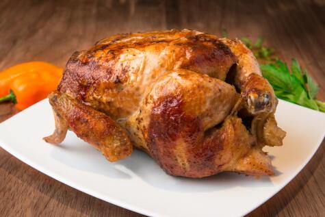 El pollo a la brasa es el plato más consumido por los peruanos. Somos un país pollero.