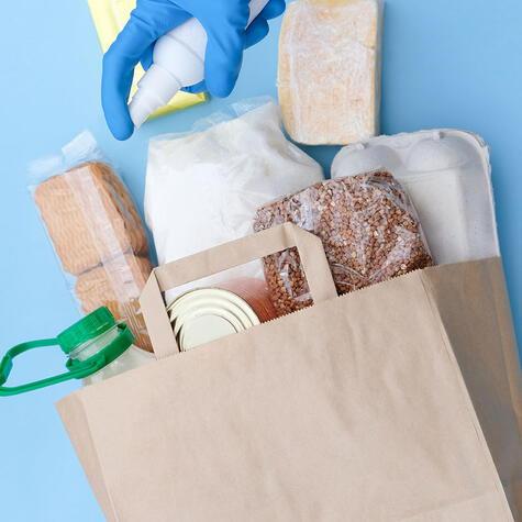 Recuerda siempre desinfectar los paquetes, así como las frutas y verduras frescas.