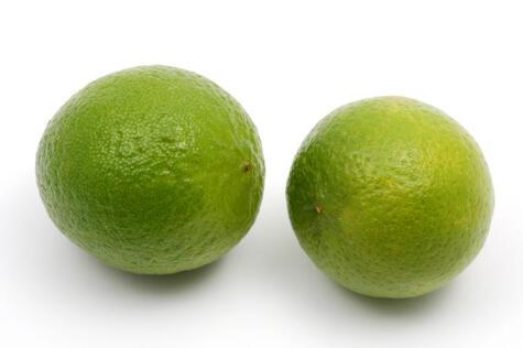 El limón sutil aporta una acidez intensa.