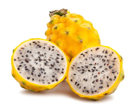 Pitahaya amarilla con pulpa blanca.