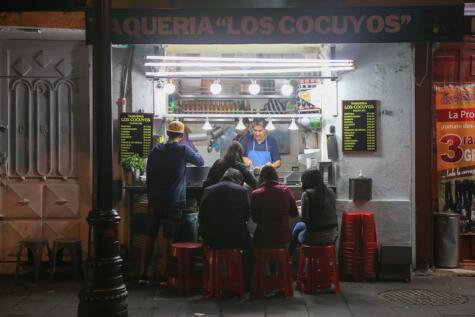 En cada esquina hay una taquería, o más. Es la expresión más democrática de la cultura mexicana.
