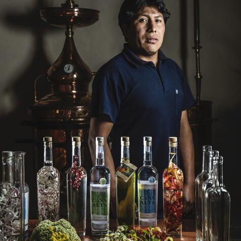 El equipo de Destilería Andina trabaja con MIL, el restaurante de Virgilio Martínez en Cusco.