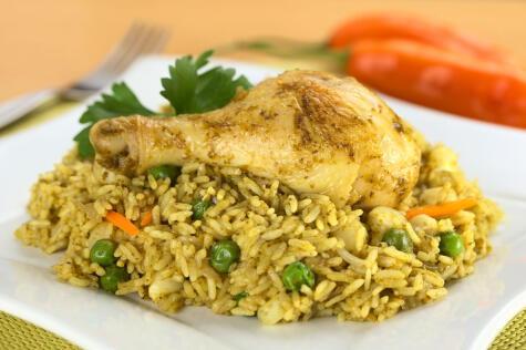 La pierna es la presa del arroz con pollo, ¡si no, no es!