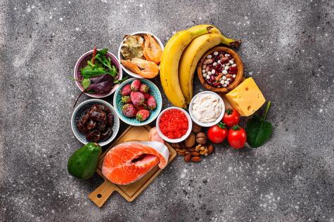 Una dieta balanceada, rica en omega 3 y aminoácidos esenciales.