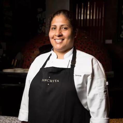 Martha es la gran cocinera criolla de hoy, disciplinada y amorosa. (Foto: Manuel Godos / El Trinche)
