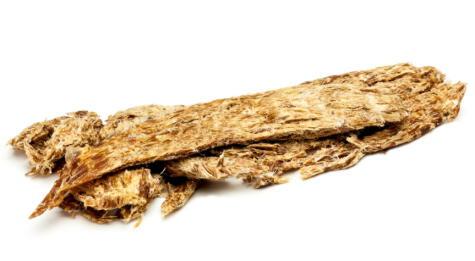 Carne de alpaca secada con sal, conocida como charqui o chalona.