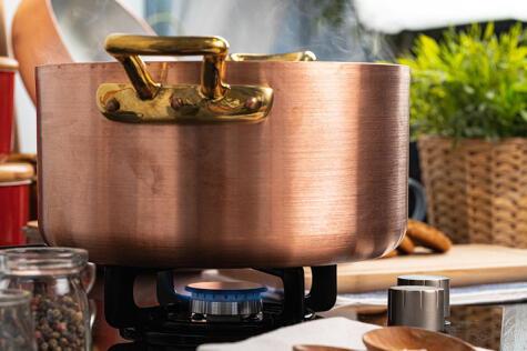 Usar una hornilla pequeña para una olla grande hará que gastes más gas.