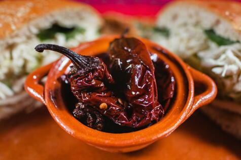 Luego de que madura y se seca, el jalapeño se convierte en chipotle.